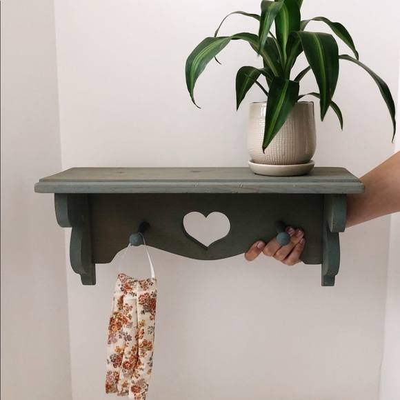 Other - Vintage Wooden Heart Shelf with Pegs